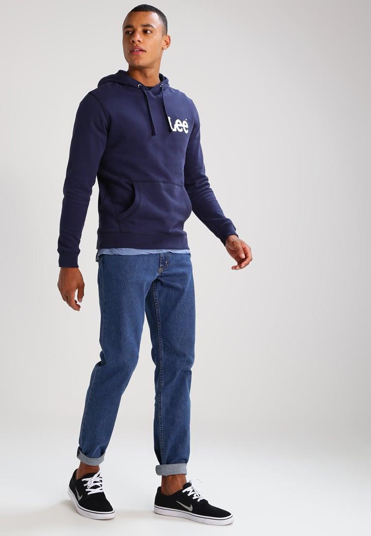 phối đồ vói áo hoodie xanh đen nam